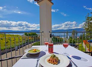 Vineyard Terrace Restaurant